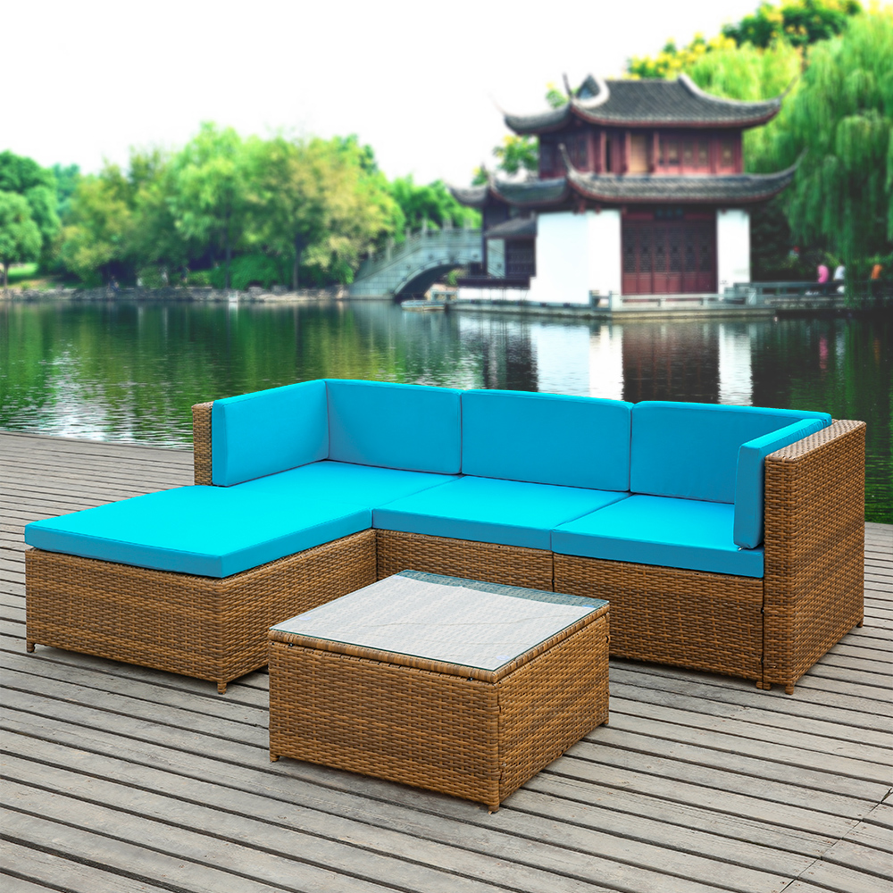 Light colored wicker patio furniture furniture for Table exterieur palette